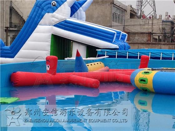 充气水上浮具