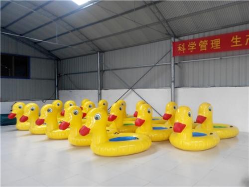 充气水上浮具小黄鸭